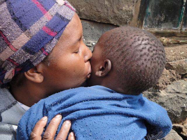 POR LAS MADRES, DE AFRICA... USaid