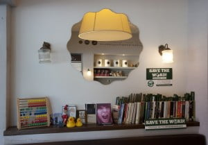 Same Old Story 2 300x209 Coffee Shops Across Israel Turning Into Eco friendly Book Shops