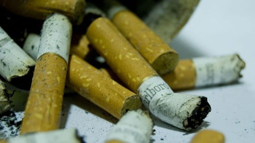 Health News: Can't Quit? Smoking Less Will Also Improve Your Health
