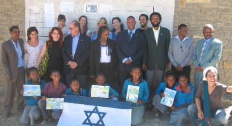 Social Awareness: Israeli Students Go To Africa To Battle Neglected Diseases