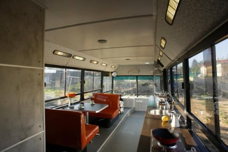 3 e1370867068794 Israeli Public Bus Transformed Into Luxury Home
