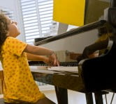 Technology News: App That Teaches You How To Play Piano Is Number 1 On iTunes Store