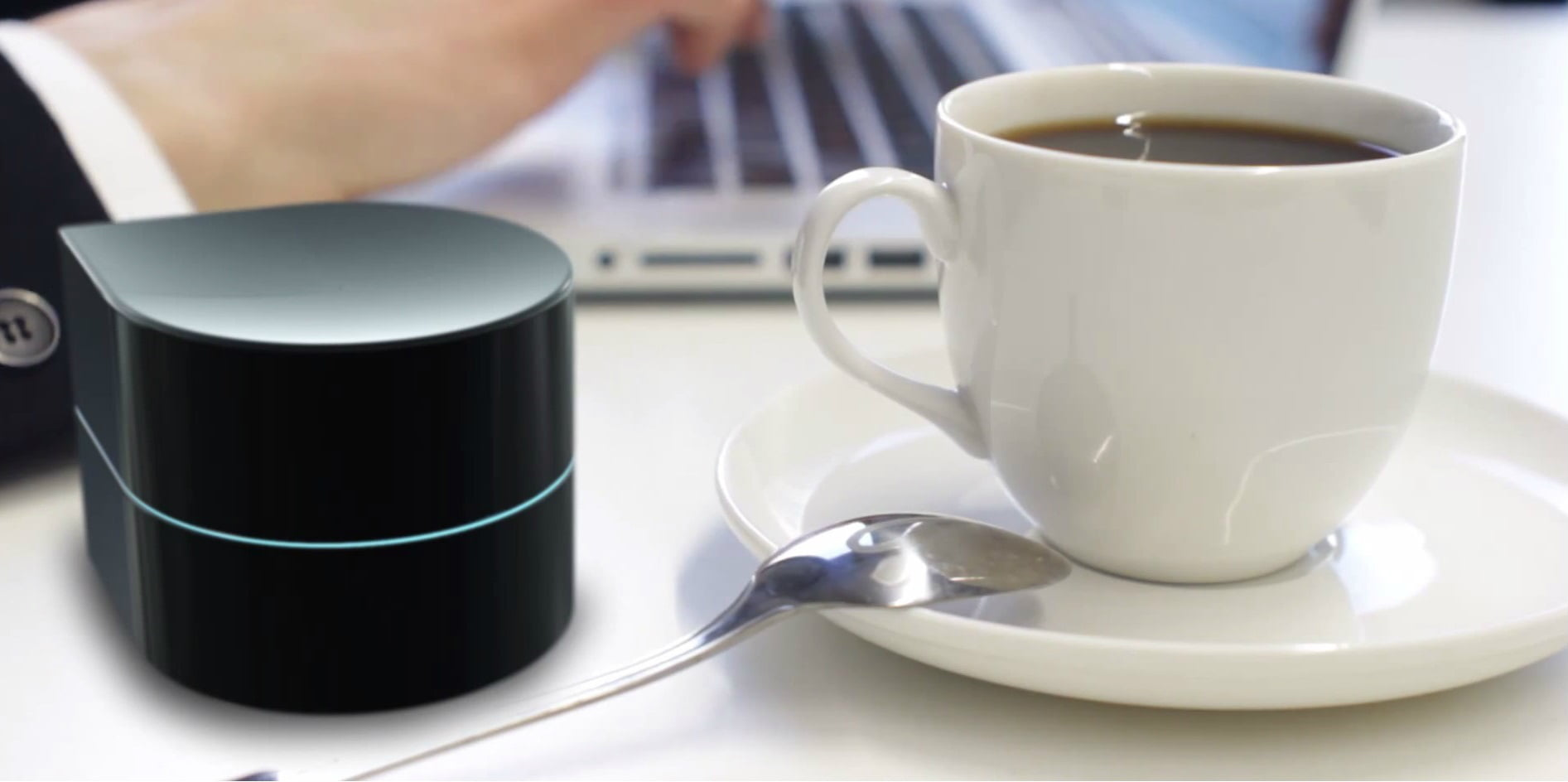 Technology News: Technology News: This Tiny Robot Is Actually A Printer You Carry In Your Pocket