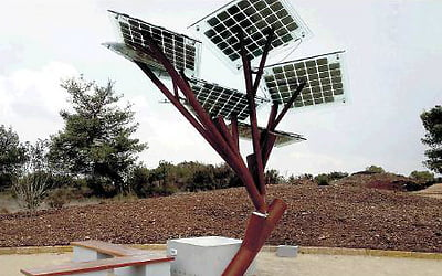 Energy Does Grow On Trees, As Israelis Design First Solar Energy eTree