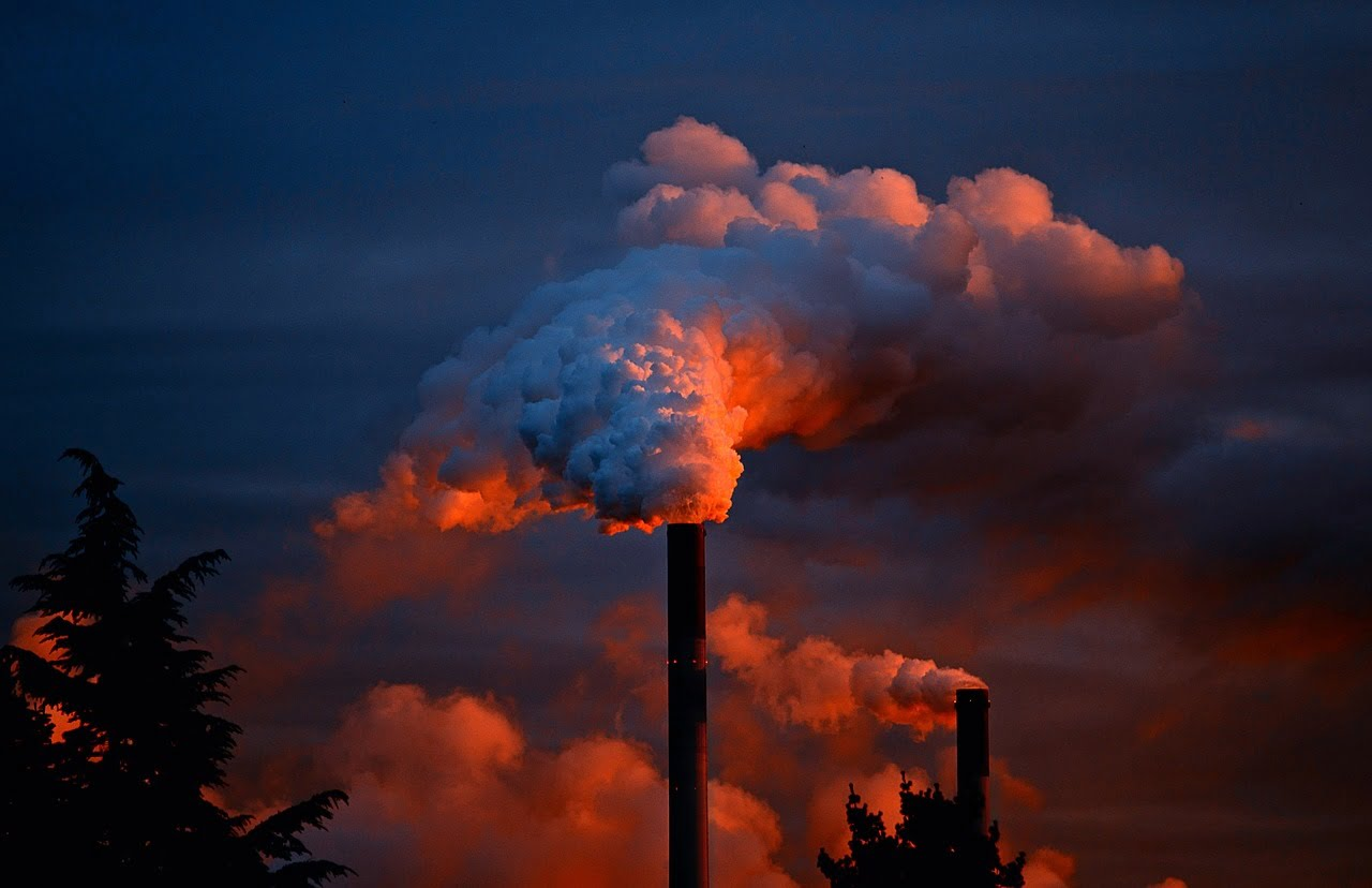 Pollution is one of the leading causes of death, reports the WHO via Ola Pemberton/Flickr