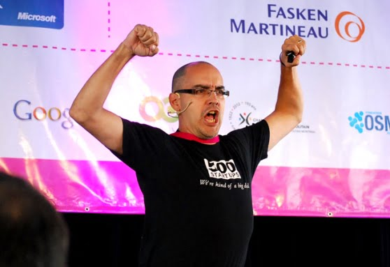 Dave McClure, Founder of 500 Startups.The teams of Israeli startups AppInside and Platfarm of Tech Stars. Coutesy by Maki Oshiro andRobyn Twomey