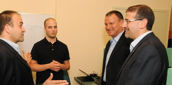 From left: JVP Partner Yoav Tzruya, SCADAfence CEO Yoni Shohet, Knesset Member Erel Margalit, US Ambassador to Israel Dan Shapiro. Courtesy of JVP