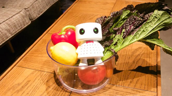 Robot-shaped food protector designed by Phresh. Courtesy