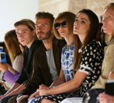 heed-app-nyfw-front-row-brooklyn-beckham-david-anna-wintour