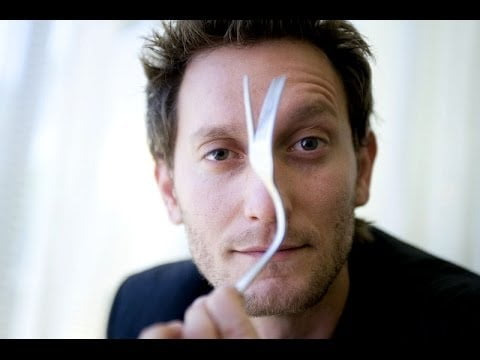Lior Suchard changing shape of a spoon. Courtesy