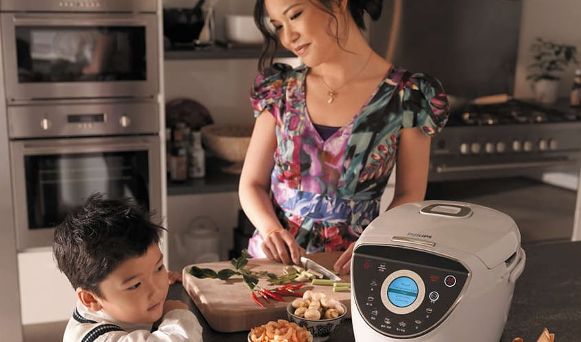 rice cooker by Philips http://www.philips.com.sg/c-p/HD4777_00/rice-cooker
