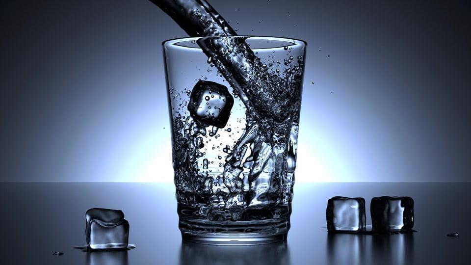 Glass Ice Cubes via Pixabay