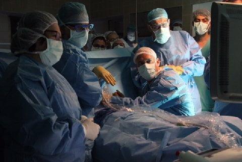 Hadassah surgeons perform a rare in-utero heart surgery. Courtesy of Hadassah Medical Organization