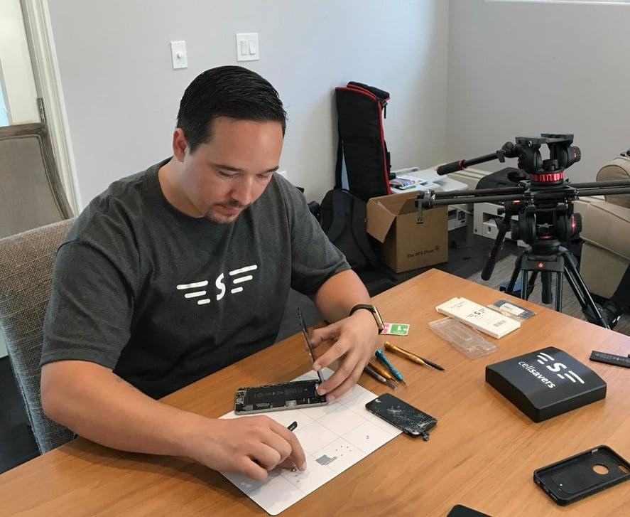 A CellSavers technician at work - courtesy https://twitter.com/MyCellSavers/media