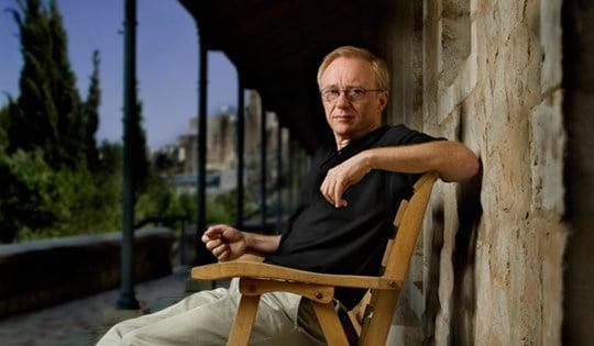 Israeli Author David Grossman. Photo by the Emet Prize website via Wikimedia