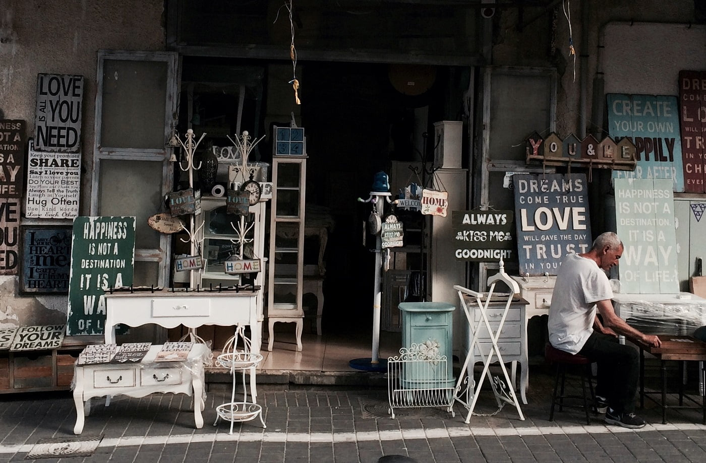 Jaffa Market. Photo by Josh Pepper on Unsplash