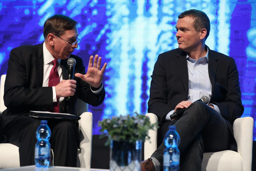 Former CIA Director David H. Petraeus, left, and Team8 CEO and co-founder Nadav Zafrir at CyberTech TLV 2018, January 30, 2018, Photo by Gilad Cavalerchic