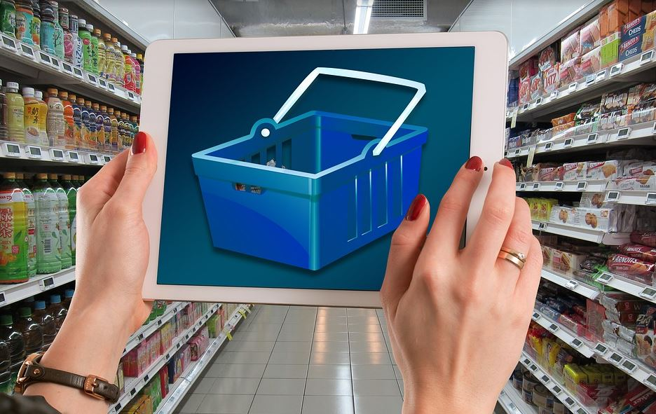 "Automated supermarket tech is the future of grocery store shopping. Photo via <a href=""https://pixabay.com/en/users/geralt-9301/"" target=""_blank"" rel=""noopener"">geralt </a>"
