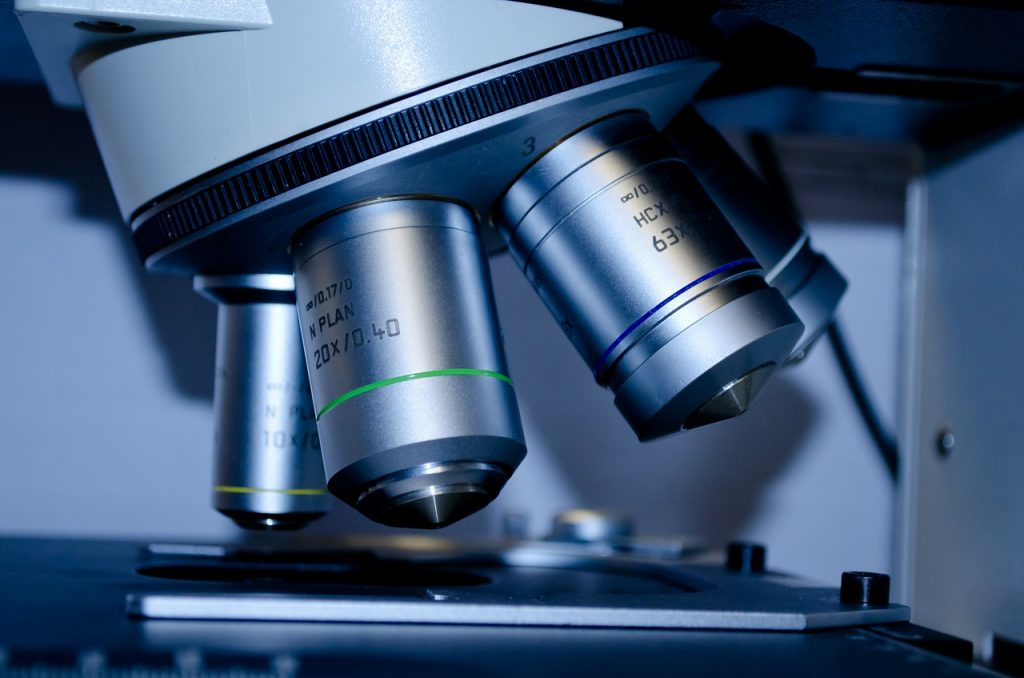 A Microscope. Pixabay