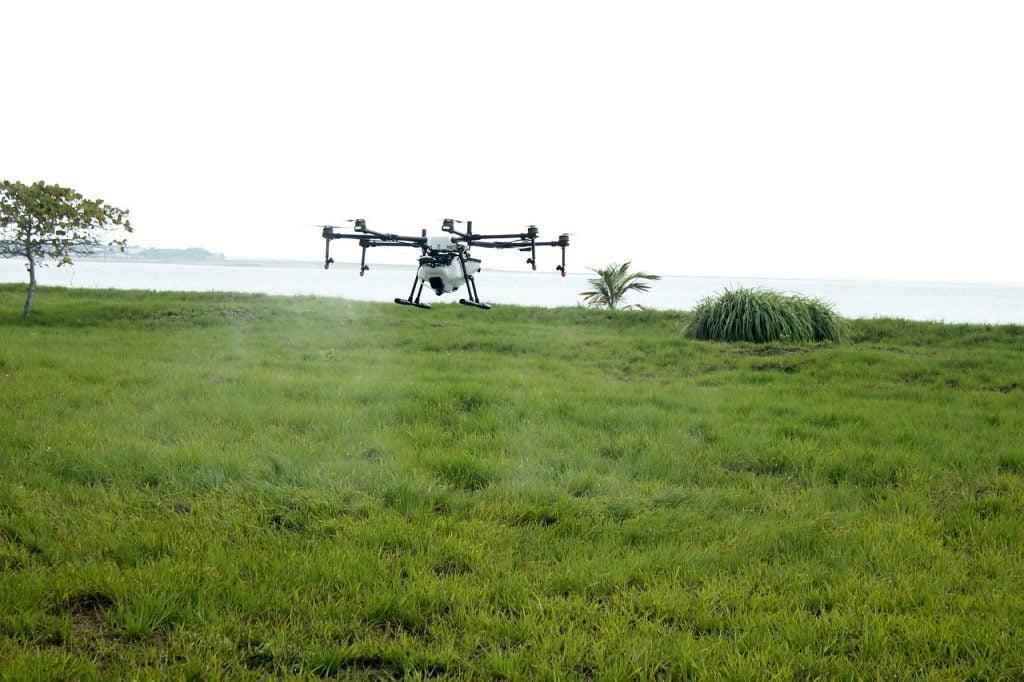 A drone spraying a field. Pixabay