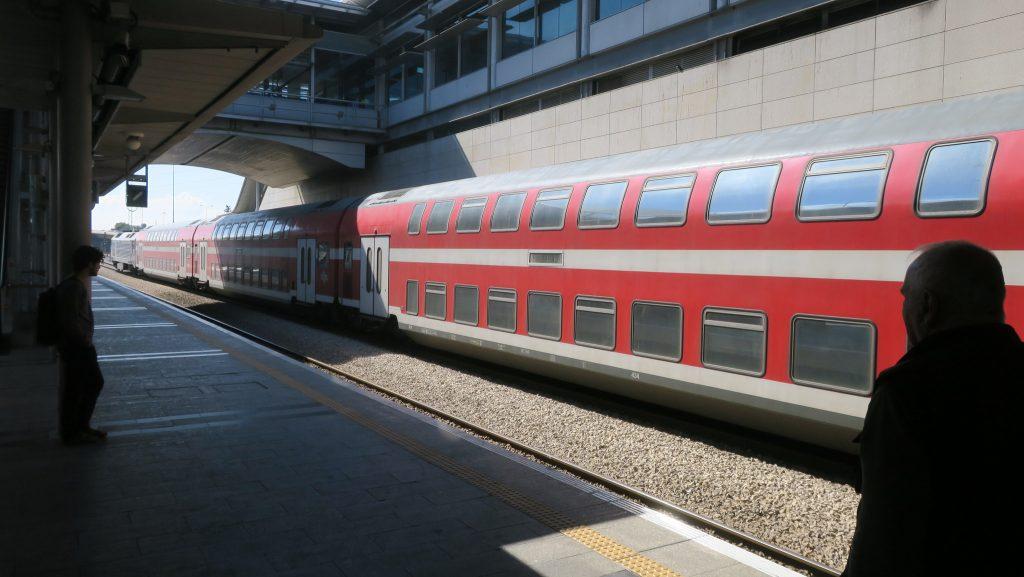 Tel Aviv Hahagana train station. Photo by Terrazzo via Flickr