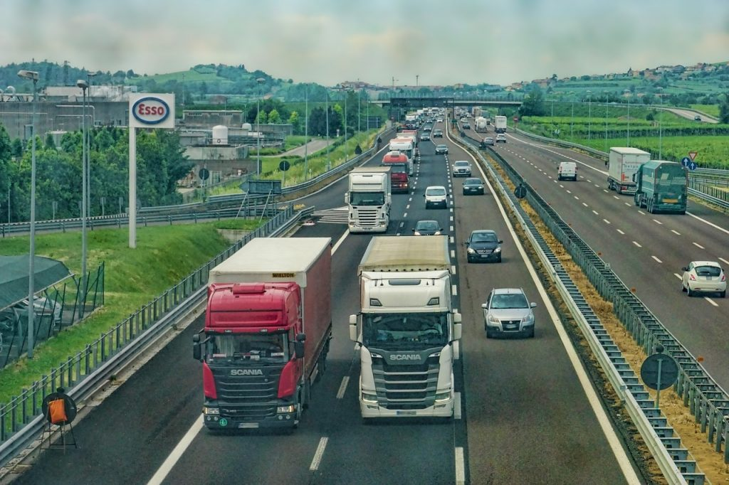 Trucks on the highway. Photo via Pixabay
