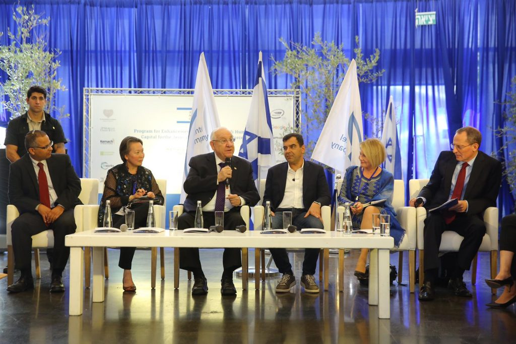 From left: Director of the President's Residence Harel Toby, Angelica Berrie, President of the Board of Trustees, The Russell Berrie Foundation, President Reuven Rivlin, Prof. Amnon Shashua, CEO and CTO of Mobileye, and Senior Vice President, Intel Corporation, Terry Kassel, Director of the Paul Singer Foundation and Chairperson of the Board of Start-Up Nation Central, Prof. Eugene Kandel, CEO of Start-Up Nation Central. Photo by Yanai Rubaja