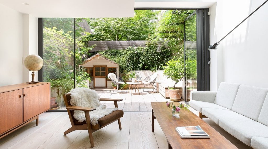 A London home featured on The Plum Guide. Photo via The Plum Guide