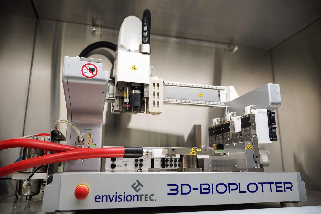 The 3D tissue printer at the Technion. Photo via the Technion's spokesperson's office