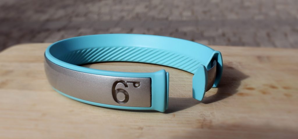 A 6degrees wearable band. Courtesy