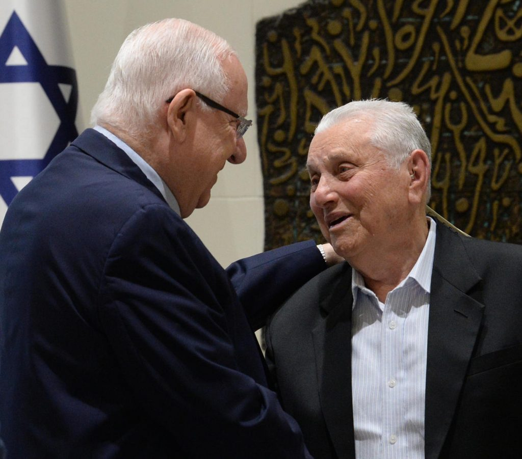 President Reuven Rivlin and Holocaust survivor Yosef Hershkovich at a Zikaron BaSalon event on April 28, 2019. Photo by  Mark Neiman /GPO