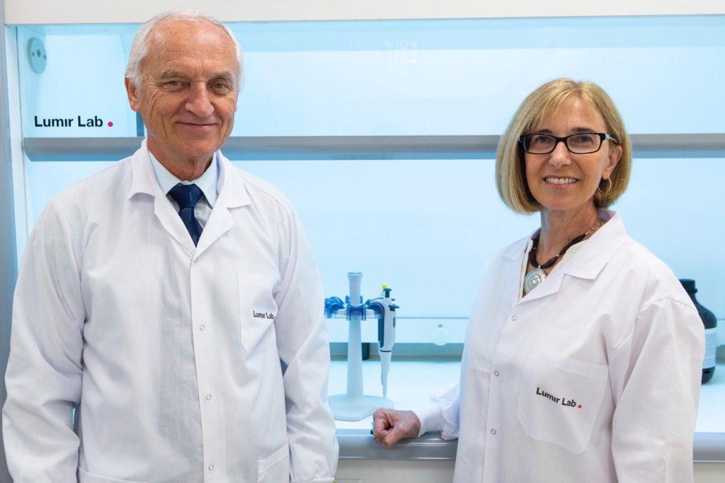 Prof. Lumír Ondřej Hanuš and Dr. Sari Sagiv. Photo by Style&Stigma