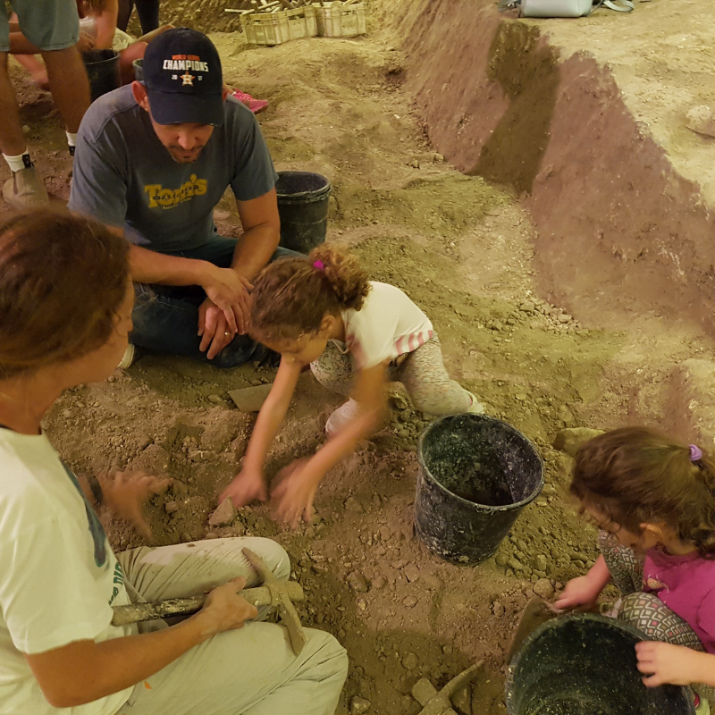 Dig for a Day activity, July 2019. Photo by NoCamels Staff