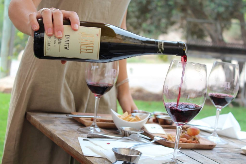 Wine tasting event. Photo: Vinsent