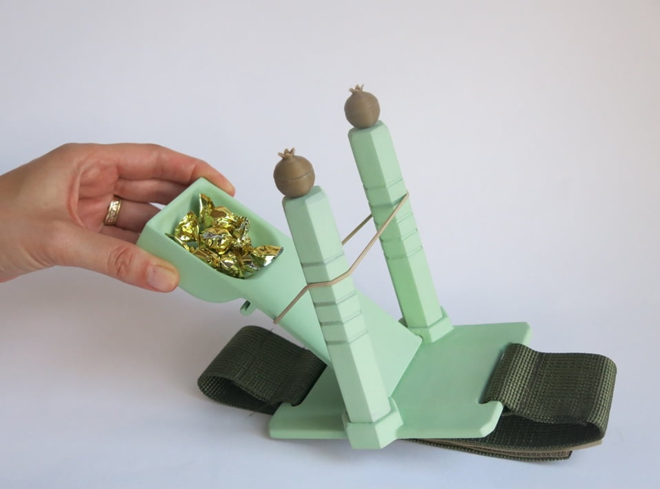 Candy launcher. Courtesy of Shaul Cohen