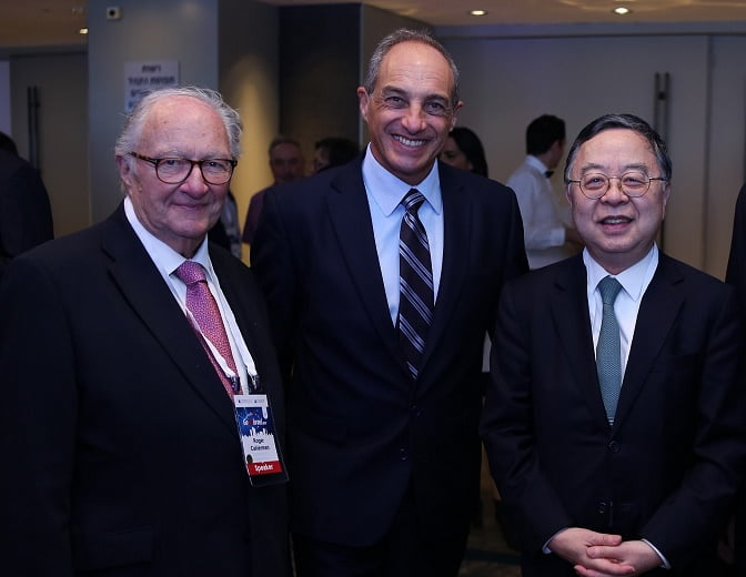 From left to right: Roger Cukierman, Edouard Cukierman, Ronnie Chan. Photo: Dror Sithakol