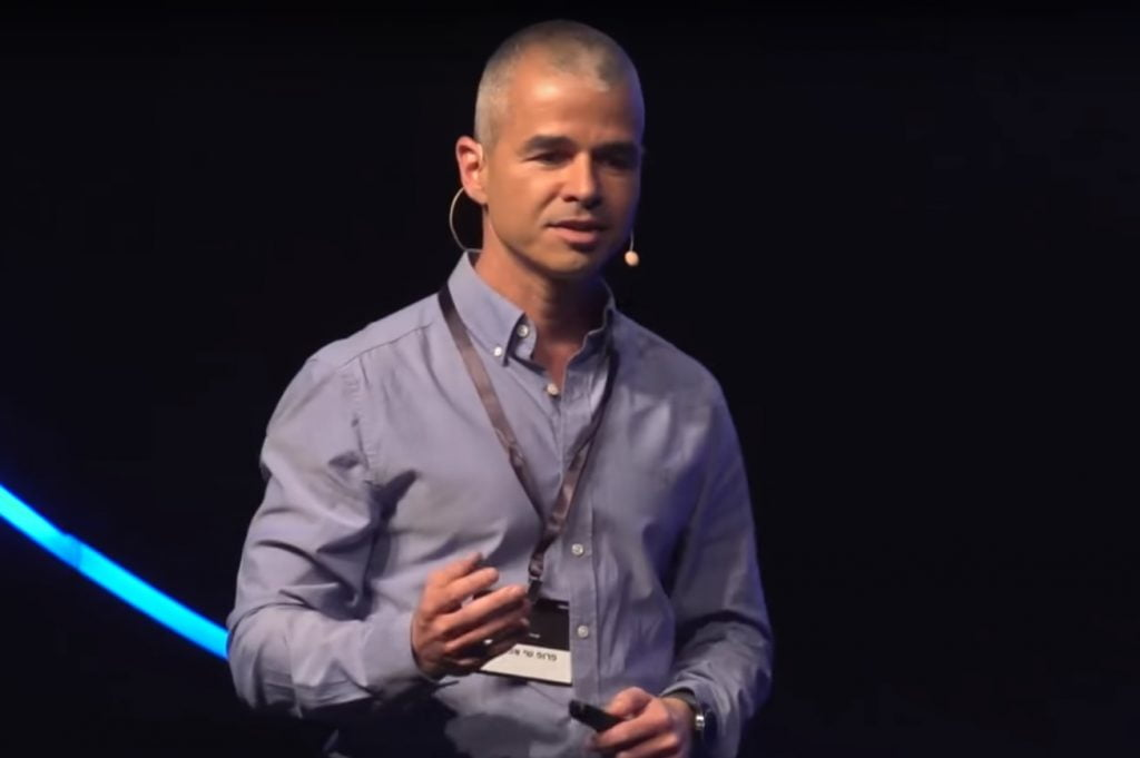 Dr. Shai Efrati. Screenshot from a video by Google Israel of a 2018 presentation