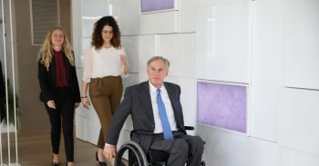 Texas Governor Greg Abbott visiting the Tel Aviv headquarters of Israel's Start-Up Nation Central on January 16, 2020. In the background (left) Karin Gattegno, VP Strategic Partnerships, SNC, and (right) Daniela Kandel, Innovation Bridges Director, Country Relations, SNC. Photo via SNC