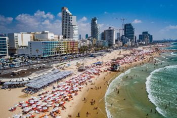 Tel Aviv beach. Courtesy of Tel Aviv Yafo Municipality, Barak Brinker