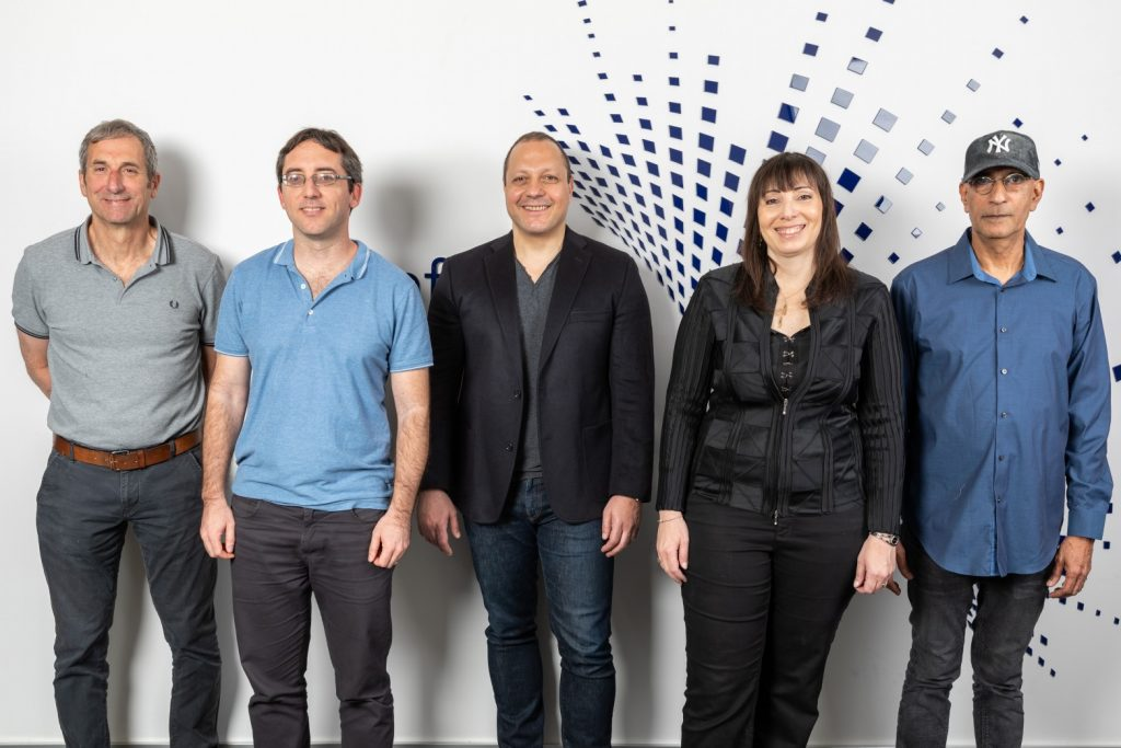 From left to right: Leon Eting, VP Product, Itai Katsir, VP R&D, Tamir Tal,CEO, Dr. Ronit Haviv, SVP Clinical & Regulation, and Professor Ilan Shallom, CTO. Photo: Eyal Tueg